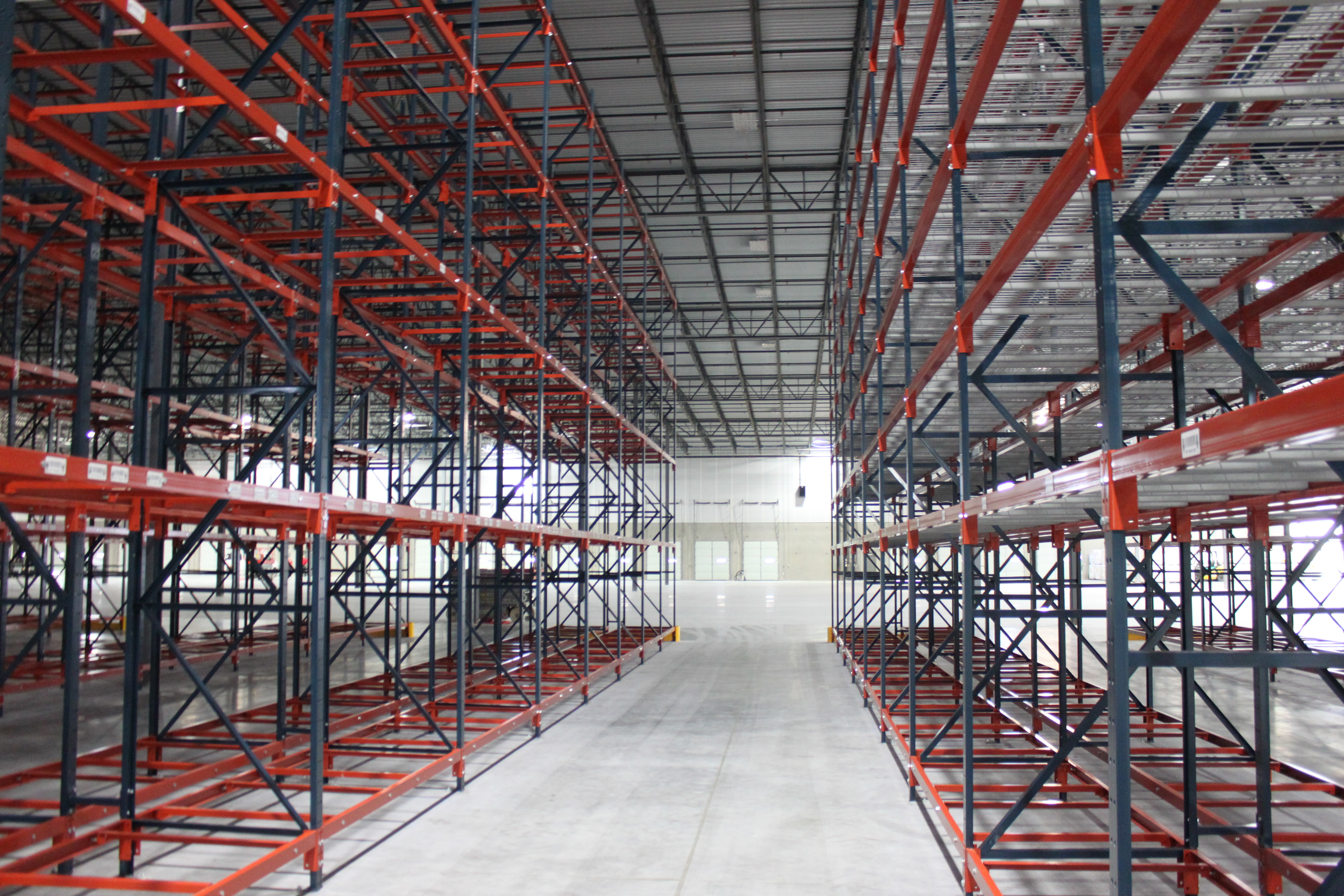 Maximize Warehouse Space Efficiency